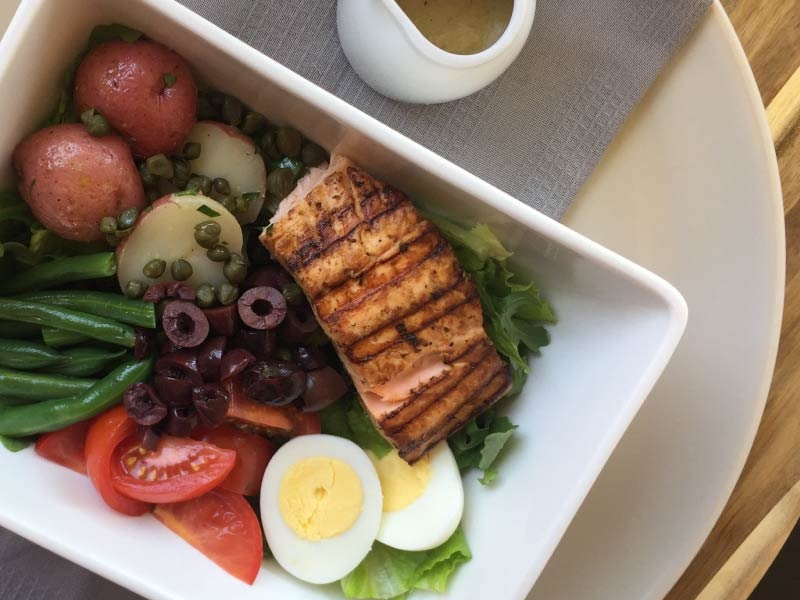 Salmon Niçoise Salad Bowl